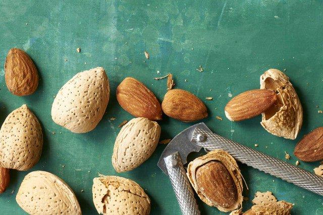 Almond 1