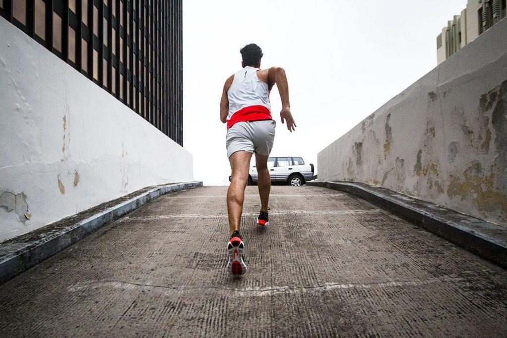 pronation runner form